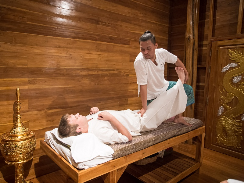 THAI ROYAL MASSAGE (90 MINS)